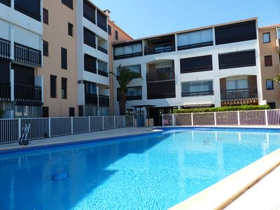 Photo for Large T3 with swimming pool, beach 100 meters, near the port