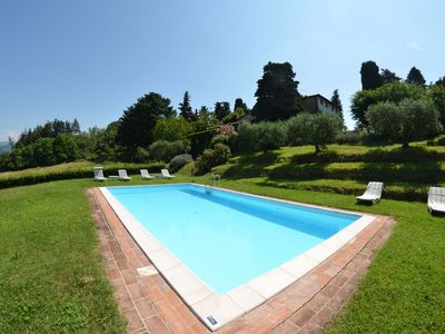 Photo for Beautiful private villa with WIFI, private pool, TV, veranda, pets allowed, parking, close to Lucca