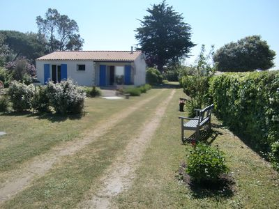 Photo for House on 1700 m² of wooded and closed very quiet and close to the sea