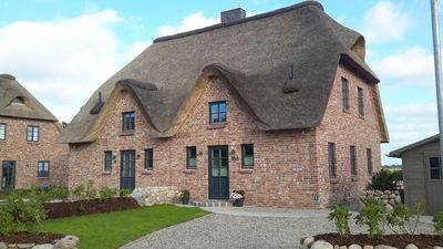 Photo for Thatched roof DHH at the gates of St. Peter Ording