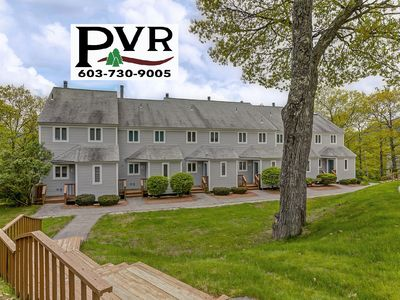 3BR Condo just 2 min from Storyland! Pool, Tennis, Deck, Grill, AC, WiFi!
