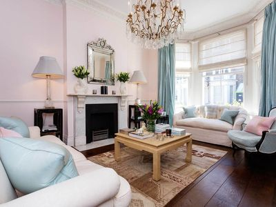 Photo for Very special property! Lavish 4 bedroom home in beautiful Chelsea (Veeve)