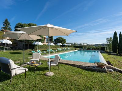 Photo for Nice apartment for 3 guests with pool, WIFI, A/C, TV, pets allowed and parking, close to Siena