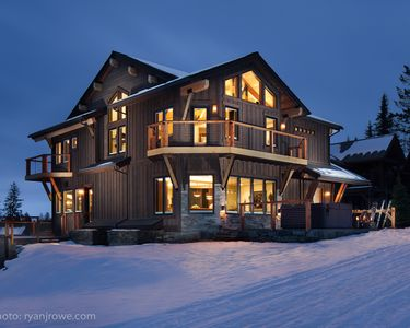 Photo for Ski In/Out Premium Single Family Home ZERO steps from patio to ski/hiking trail