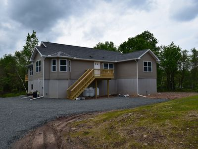 Photo for 7 Bed/3 Bth w/HOT TUB & Pool Tbl Sleeps 24 LINENS INCLUDED!
