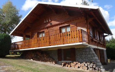 Photo for Beautiful Chalet in the Pilat massif