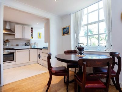Photo for A simple and quiet home located in highly sought after Notting Hill area (veeve)