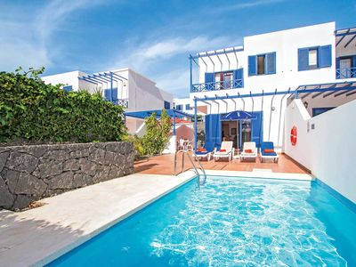 Photo for Well-located villa with private pool and plenty of outdoor seating, close to various attractions