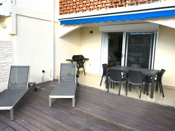 Search 367 holiday rentals