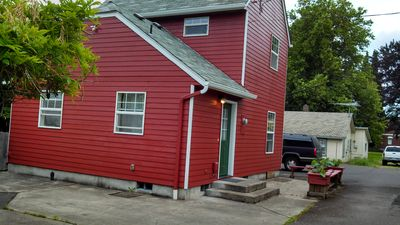 Tyler Street Guest Cottage ~ Quiet Downtown Corvallis