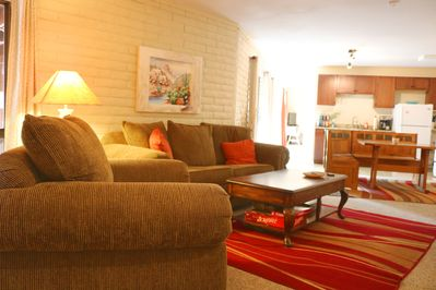 Walk in to your home away from home. Comfortable, Open and Spacious!
