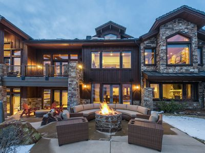 Photo for Retreat at Snow Top | Close to Main St. | Private Hot Tub & Sauna | Concierge