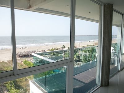 Photo for 401 On the beach +2100 sq ft + 3BR w / AC + 360º Views