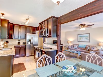 Photo for Gorgeous Forest Ridge Townhome- Luxury Kitchen- Short Walk to the Beach