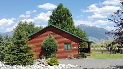 Photo for Spacious Log Home, Yellowstone River Fishing Access, 35 Min To Yellowstone Park