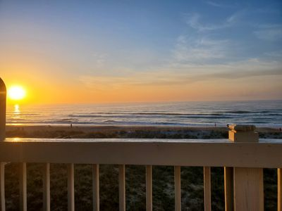 Photo for Spectacular Oceanfront Condo with Ocean Views,Community Pool and Beach Access