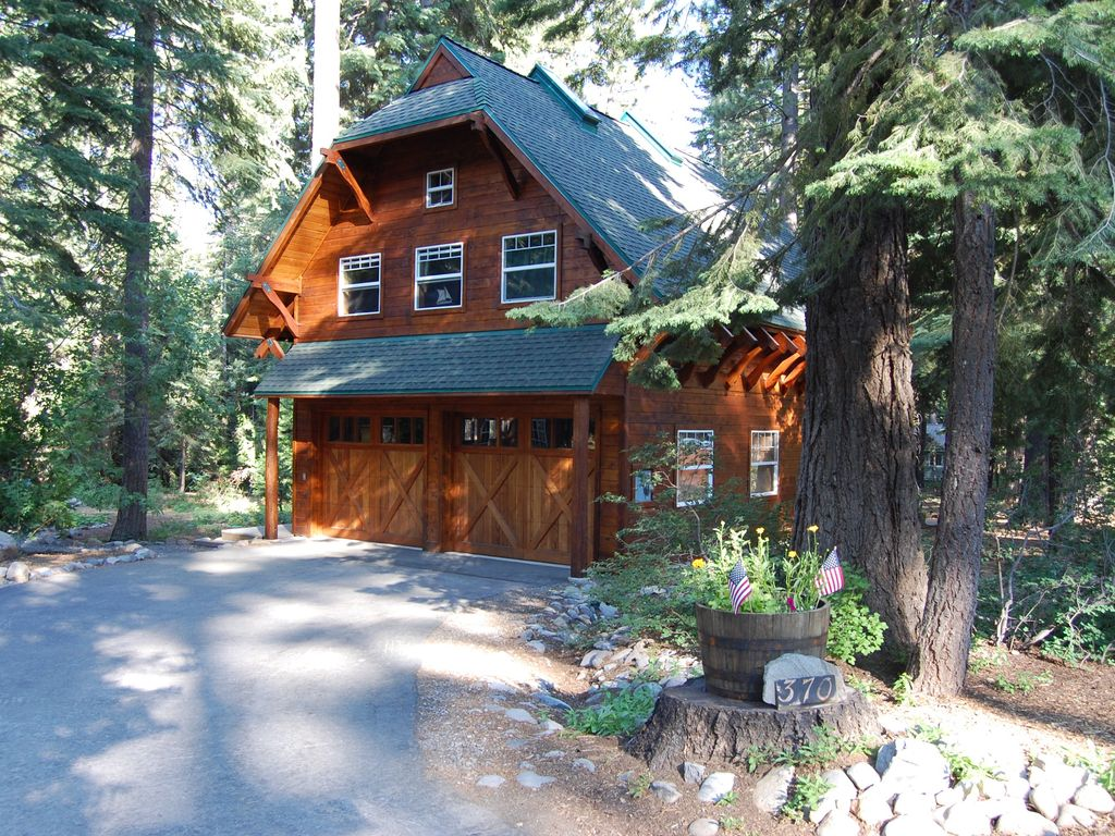 Old tahoe style westshore cabin walk to private beach for Tahoe city cabin rentals
