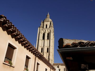 Photo for Room with living room in shared apartment at the foot of the Cathedral of Segovia
