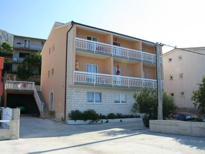Photo for Apartment in Stanići (Omiš), capacity 4+4