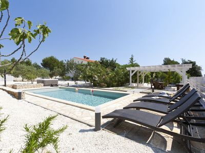Photo for Villa Donna - holiday house with pool, whirlpool and sauna, near beach