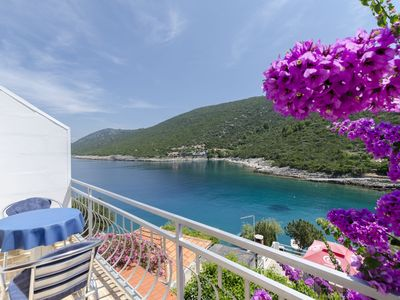 Photo for Apartments Dinko (37851-A2) - Gdinj - island Hvar