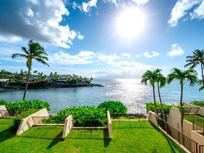 K B M Hawaii: 6th Night FREE! Ocean Views, 2 Bdrm, Water Front From $159