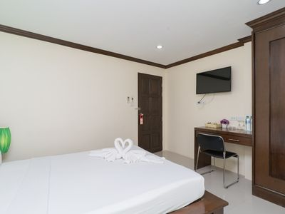 Photo for B Premium DBL room, good location