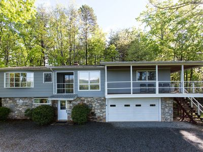 Photo for MILLS MOUNTAIN LOOKOUT - Carolina Properties INCREDIBLE MOUNTAIN AND LAKE VIEWS