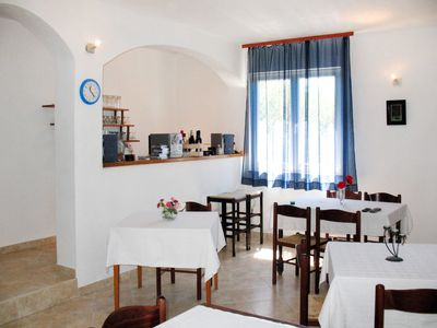 Photo for Apartment Dora (RAB140) in Rab/Rab - 3 persons, 1 bedrooms