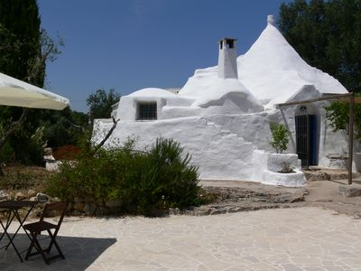 Photo for An oasis of peace in the hills of Valle D'Itria, PUGLIA, 15 km from the Adriatic