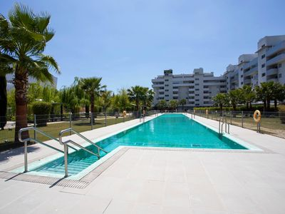 Photo for Spacious apartment Central, close to all services and just 800 meters from the beach.