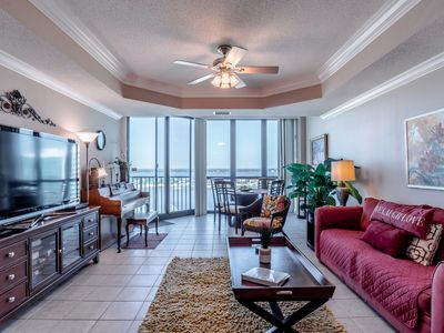 Photo for Oversized 1/2 unit! Immaculate & spacious! Sleeps 6! Beach!!
