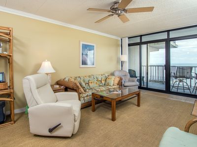 Photo for Very spacious 2 BR, 2 BA condo that is well maintained and tastefully decorated.