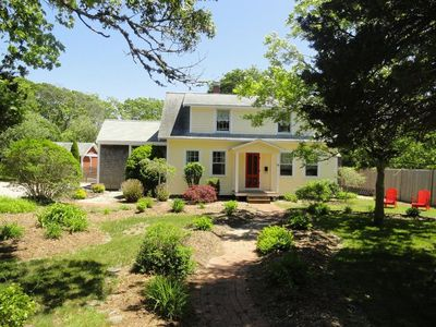 Photo for Charming West Yarmouth Cape House - Great for groups and families