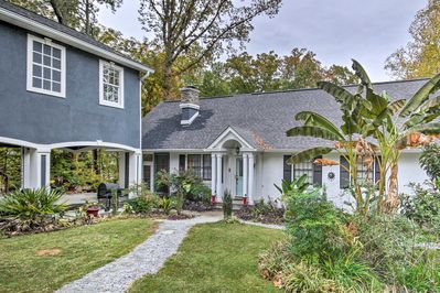 This charming Chapin home has room for a group of 12 with sleeper sofas!