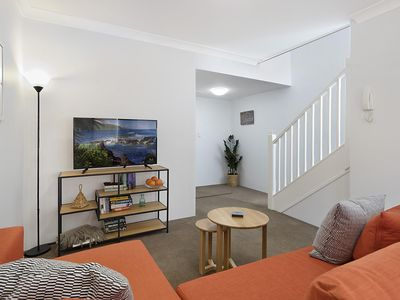 Photo for Smart one-bedroom unit next to Sydney University