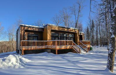 Photo for Galaxy Chalet at Bel Air Tremblant. 8 mins to slopes, dog sledding, spa, bistro & more!