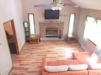 Photo for Charming Hideout 3 BDR / 2 BTH Fully Furnished Rental w/ pool