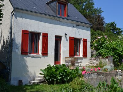 Photo for Charming wine house in the heart of the Loire Castles