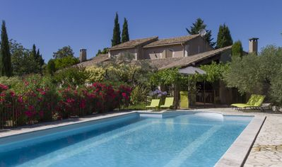 Photo for Country house with Provencal charm, quiet and not overlooked