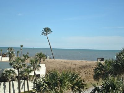 Photo for Gulf & Lake views, 2/2 with KING beds, Sleeps 8, Washer/dryer,  PETS welcome!