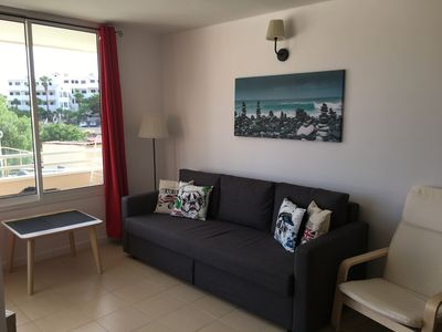 Photo for Attractive, Bright newly refurbised Apart