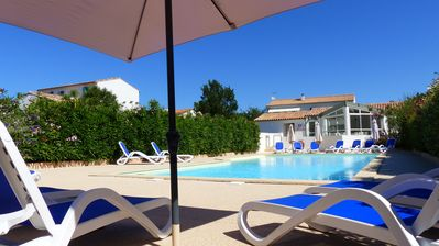 Photo for APARTMENT 4 PEOPLE, TERRACE, HEATED POOL AND PRIVATE PARKING