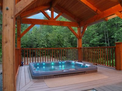 Photo for Luxury Mountain Chalet-3 Spacious Levels, Hot Tub, Pool Table