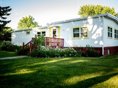 Garden Lodging In A Peaceful Country Farm Setting ~ Longspur House
