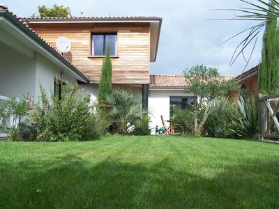 Photo for VILLA 14 PEOPLE ON THE ARCACHON BASIN WITH HEATED SWIMMING POOL