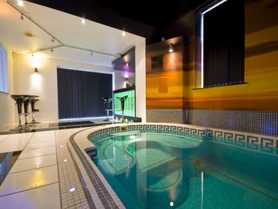 Photo for Large five bedroom luxury home with full spa facilities and golf.