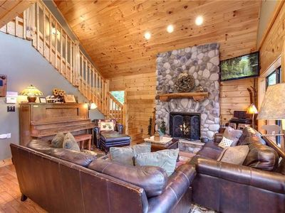 Photo for Stonebrook Lodge - Four Bedroom Cabin