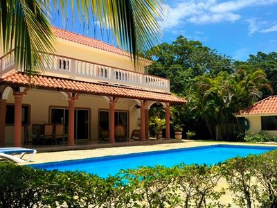 Photo for Guest-friendly 5BD villa with private pool, near beach, A/C, cable TV, internet!