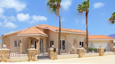Photo for Beautiful newly renovated 6 BR villa on great location close to the beaches